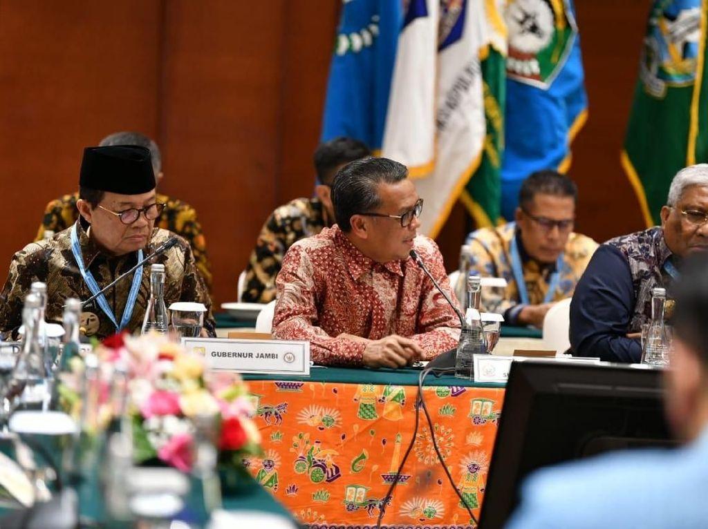 Di Forum APPSI, Gubernur Sulsel Paparkan Pembangunan Jalur Terisolir Seko