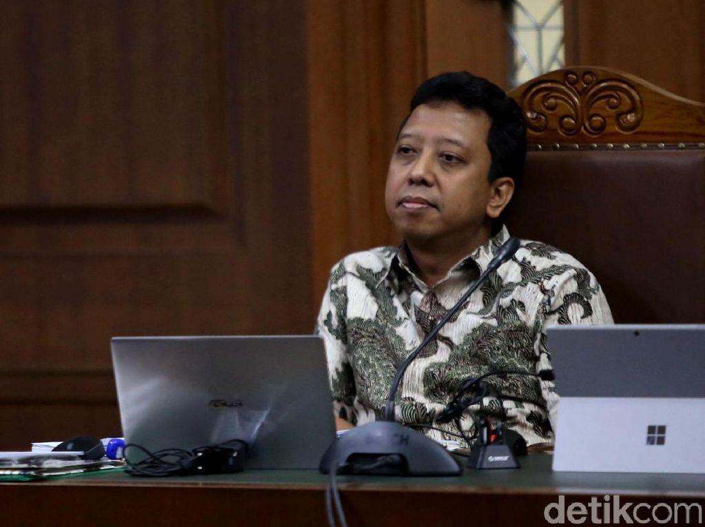 Jaksa Juga Tuntut Romahurmuziy Bayar Uang Pengganti Rp 46,4 Juta
