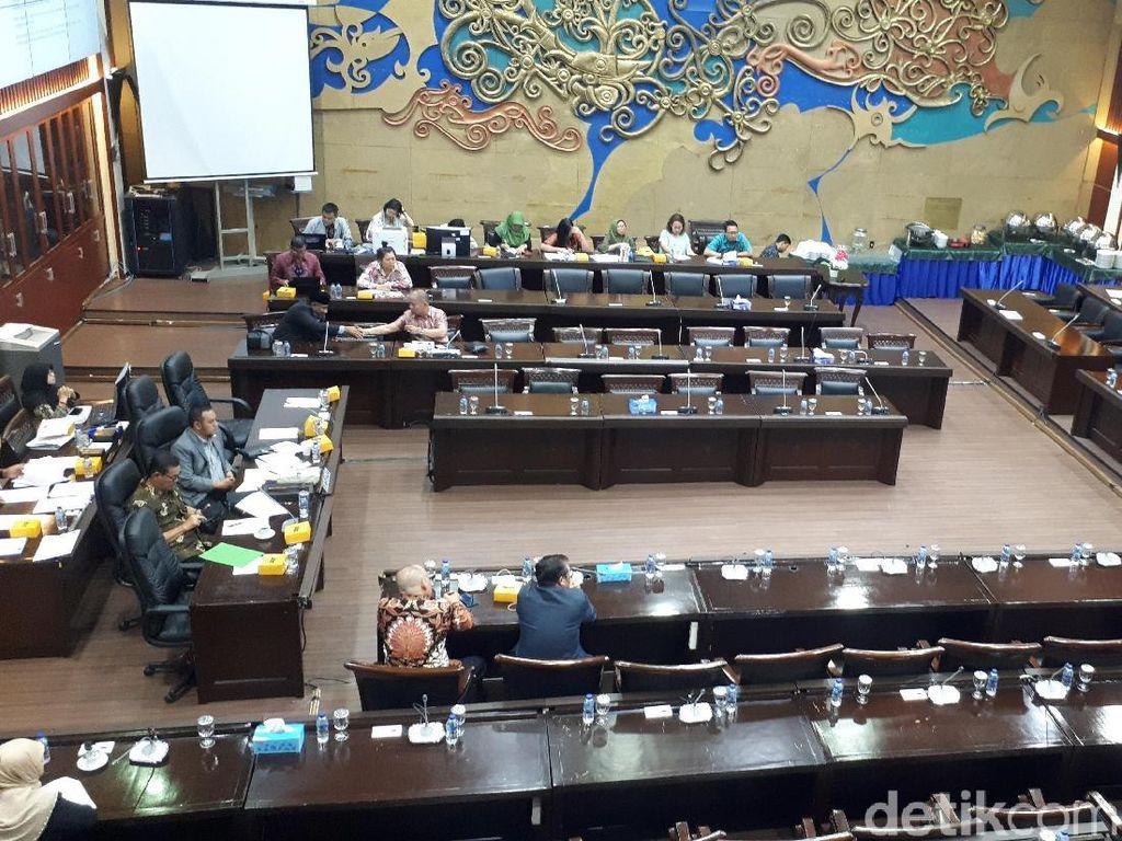 Rapat dengan Baleg DPR, Refly Harun Usul Omnibus Law di Tingkat Perpres