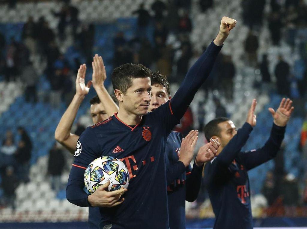 Lewandowski Quat-trick, Bayern Pesta Setengah Lusin Gol