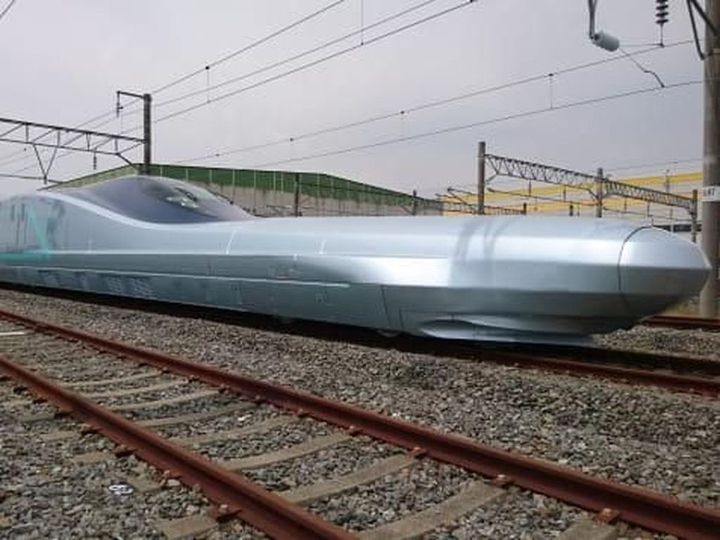 Shinkansenku Sayang, Shinkansenku Malang