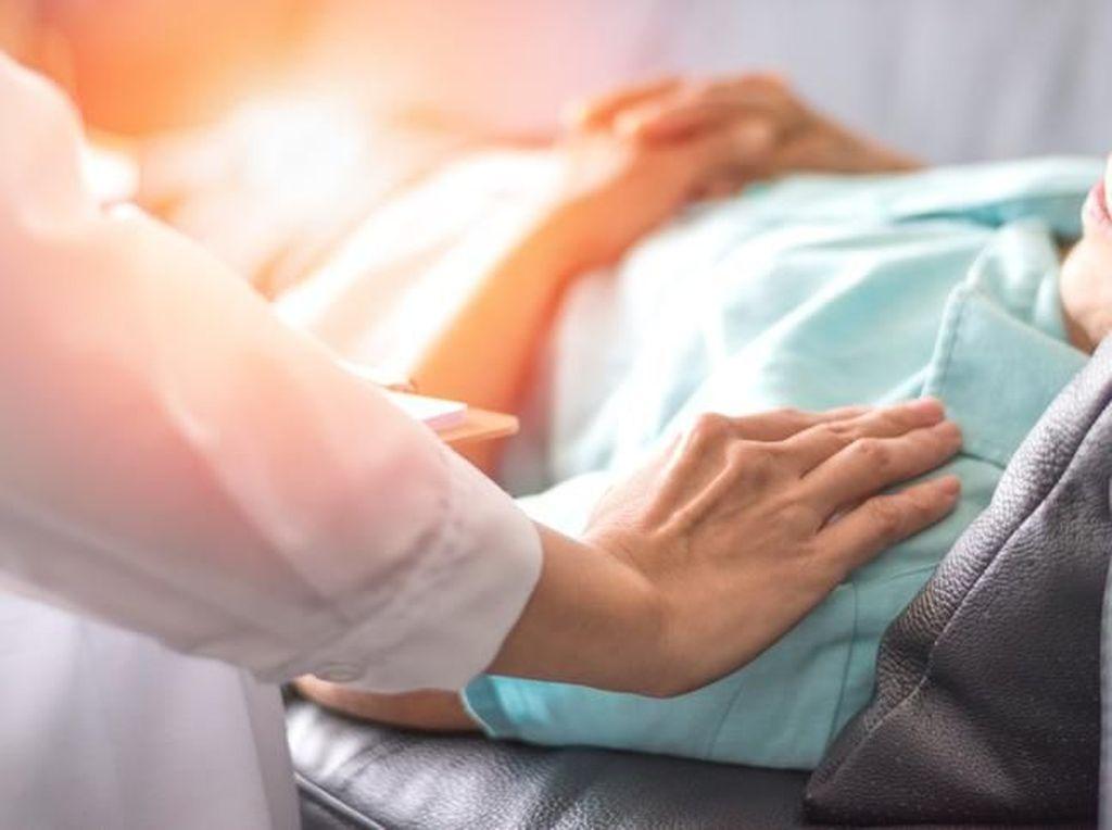 Soal Istri Pukuli Suami Stroke, Ini Saran Psikolog Agar Caregiver Tak Stres