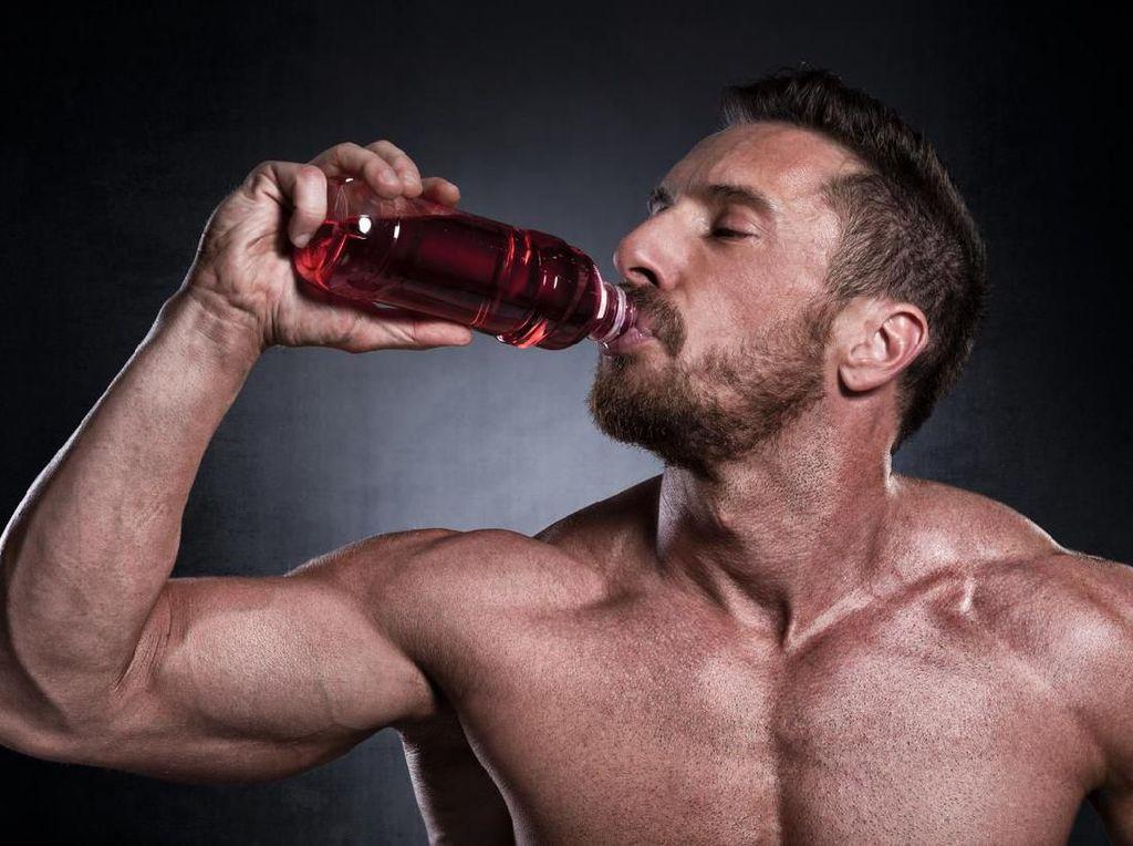 Bahaya! 5 Masalah Kesehatan Ini Terjadi Karena Kebanyakan Konsumsi Minuman Energi