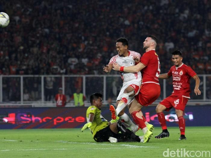Persija Jakarta mendapatkan kado di hari ulang tahun dengan mengalahkan Persipura Jayapura dengan skor 1-0. Gol itu dicetak oleh Joan Tomas. Pertandingan lanjutan Liga 1 antara Persija vs Persipura digelar di Stadion Utama Gelora Bung Karno (SUGBK), Kamis (28/11/2019).