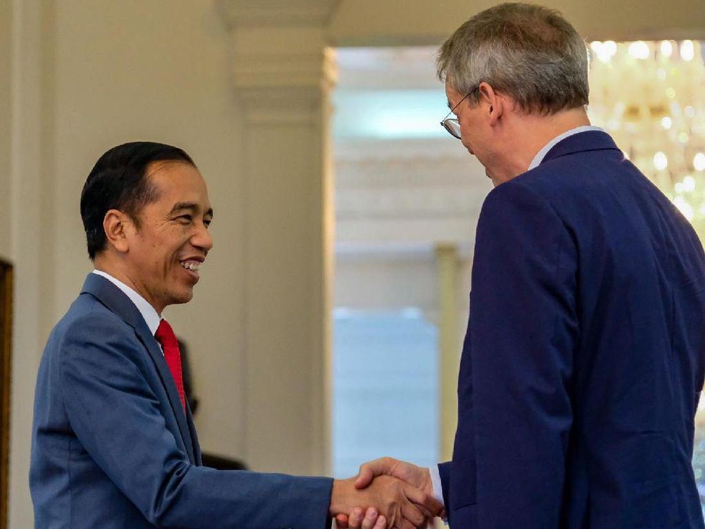 Bertemu Pengusaha Eropa, Jokowi Kritik Keras Diskiminasi Sawit RI