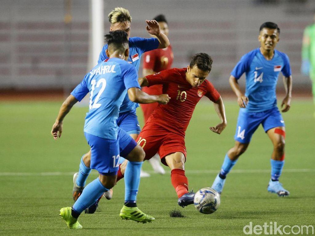 Video Garuda Muda Libas Young Lions 2-0