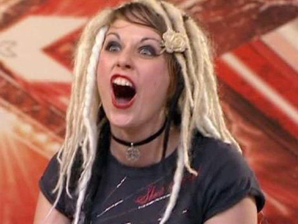 Bintang X Factor Ditemukan Tewas dengan Luka Tusuk di Leher