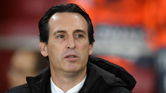LONDON, ENGLAND - NOVEMBER 28: Unai Emery, Manager of Arsenal looks on ahead of the UEFA Europa League group F match between Arsenal FC and Eintracht Frankfurt at Emirates Stadium on November 28, 2019 in London, United Kingdom. (Photo by Mike Hewitt/Getty Images)