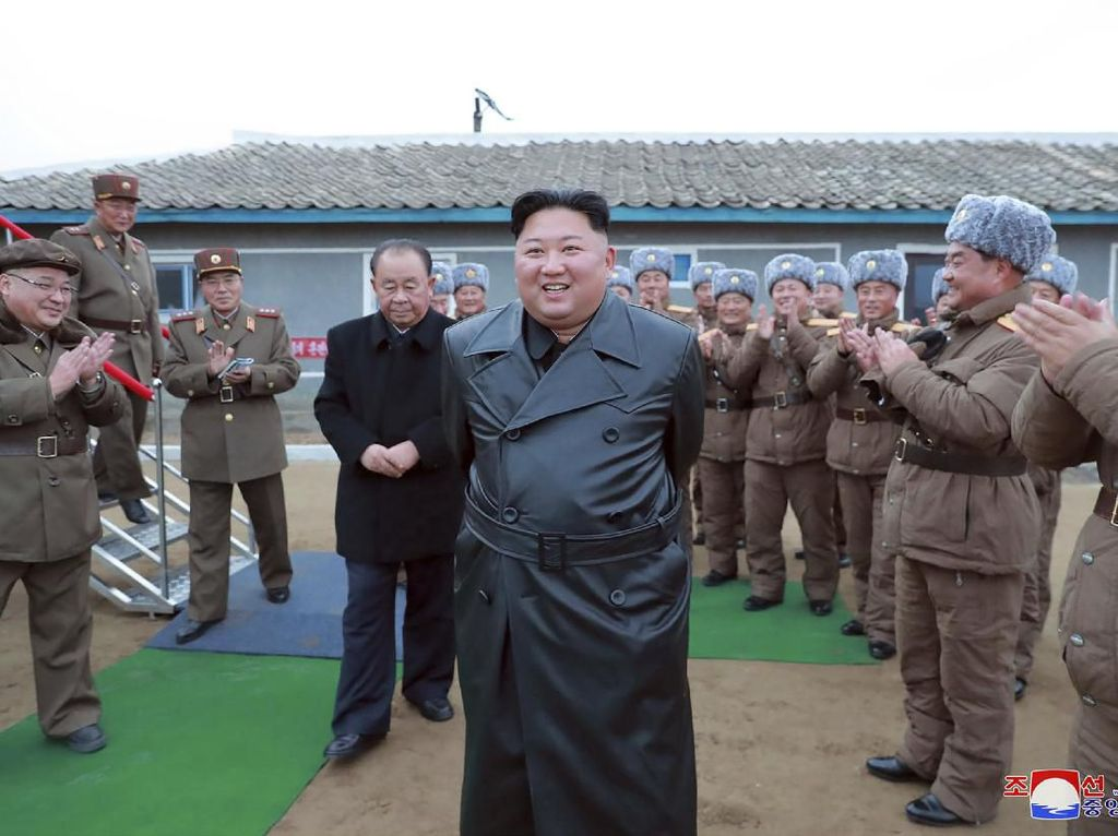 Kata Kim Jong-Un Soal Senjata Nuklir Korut, Najib Razak Dibui 12 Tahun