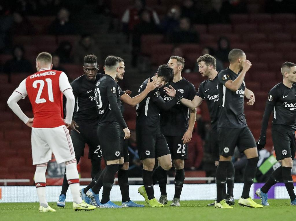 Hasil Liga Europa: MU dan Arsenal Tumbang, Wolves ke 32 Besar