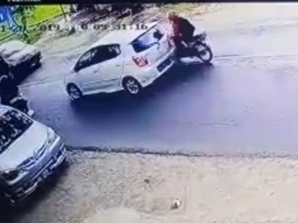 Jangan Ngebut di Jalan Bila Tak Ingin Seperti Pemotor Ini
