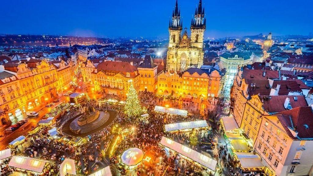 Foto: Pasar Dunia untuk Rayakan Natal yang Meriah