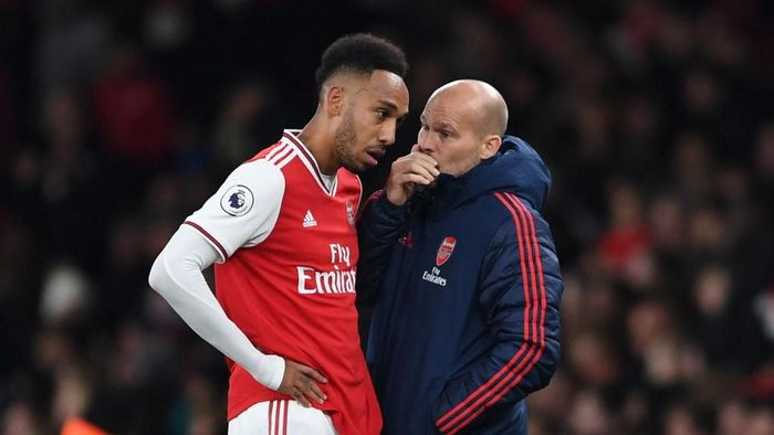 Freddie Ljungberg yakin Arsenal bisa finis empat besar. (Foto: Harriet Lander/Getty Images)