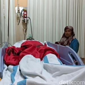 Berkelahi di Atas Genting Rumah Warga, Satu Warga Banyuwangi Kritis