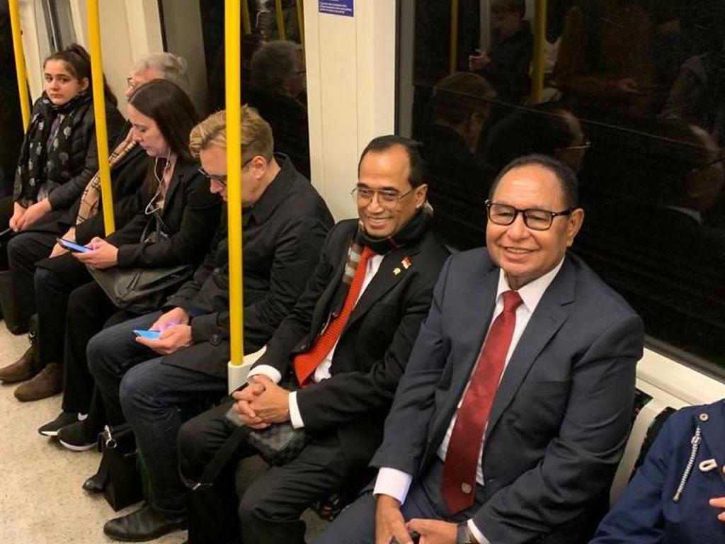 Jajal MRT London, Menhub: Bos-bos Juga Naik MRT