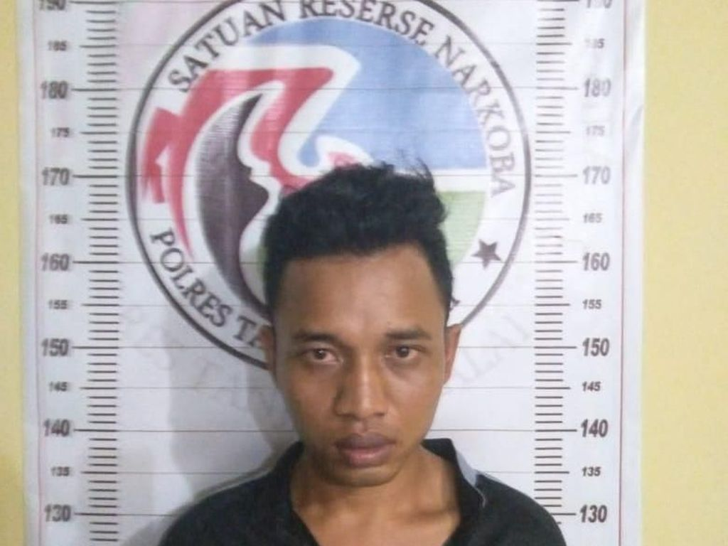Seorang Nelayan Ditangkap Polisi karena Nyambi Edarkan Sabu