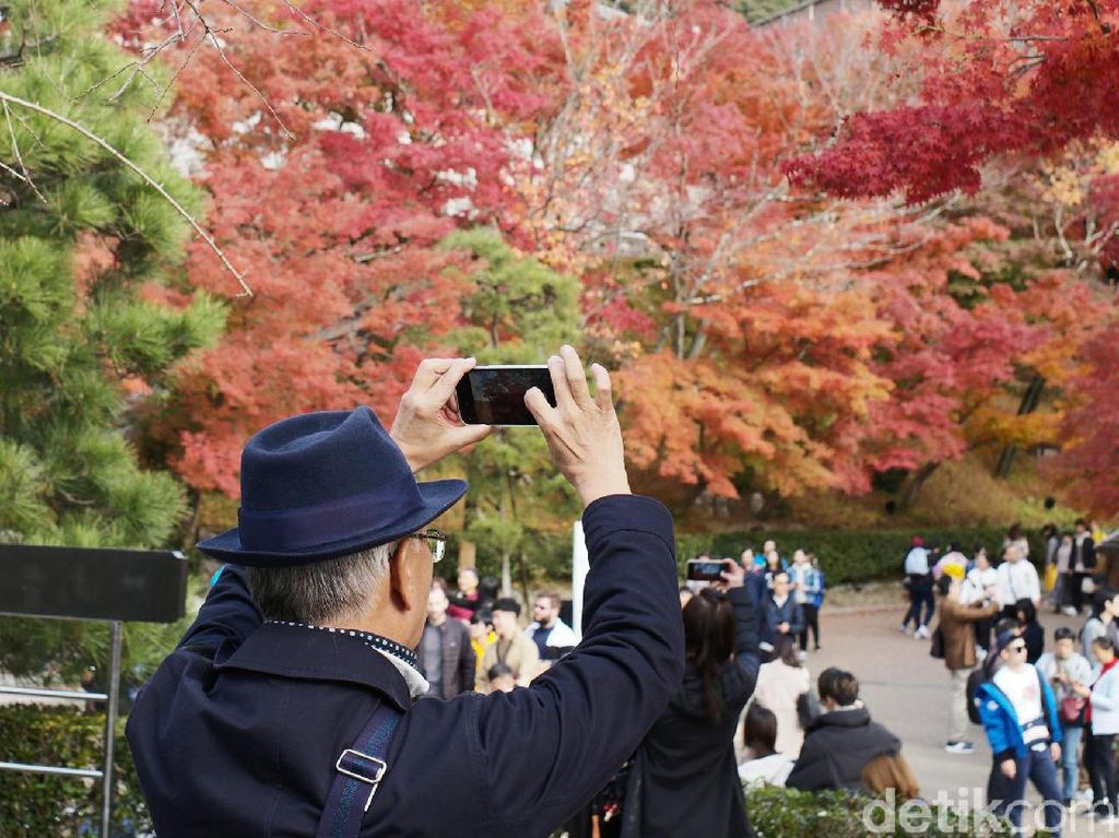 Kasus Corona Naik Lagi, Jepang Bakal Stop Subsidi Travel?