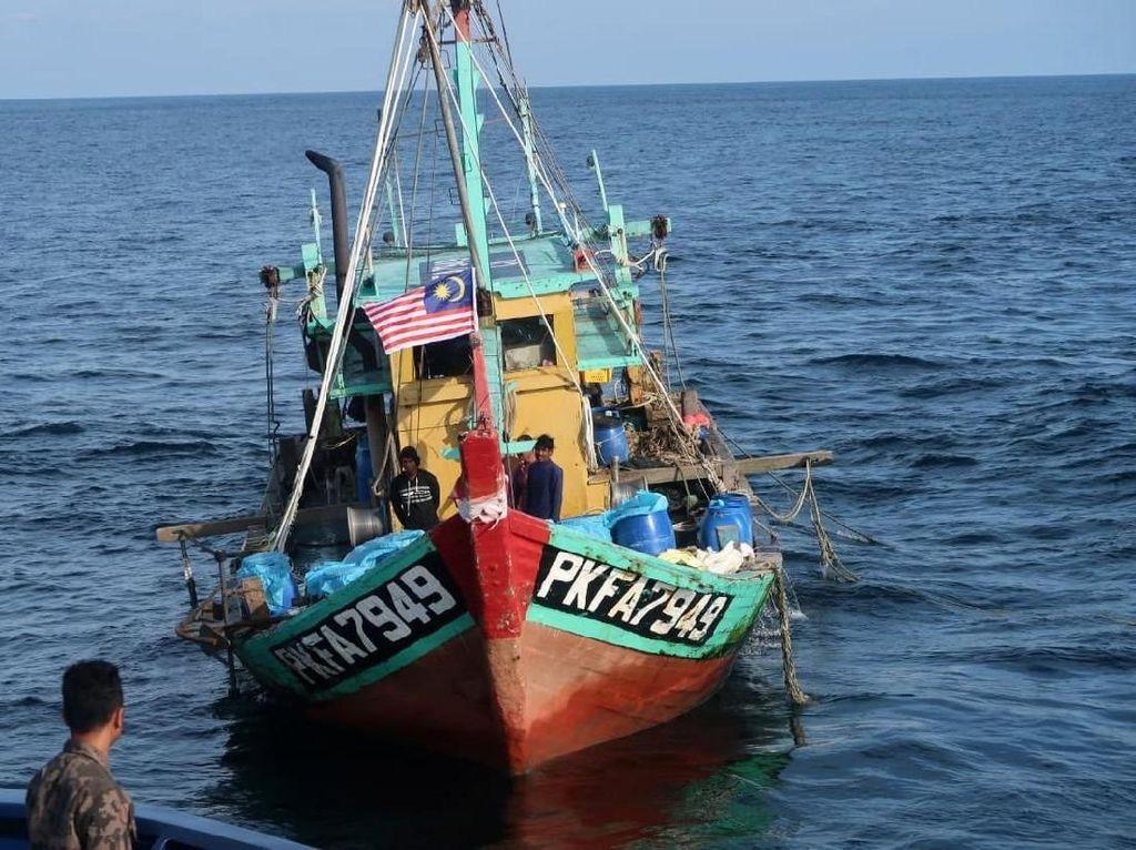 Kapal Malaysia Kena Ciduk di Selat Malaka