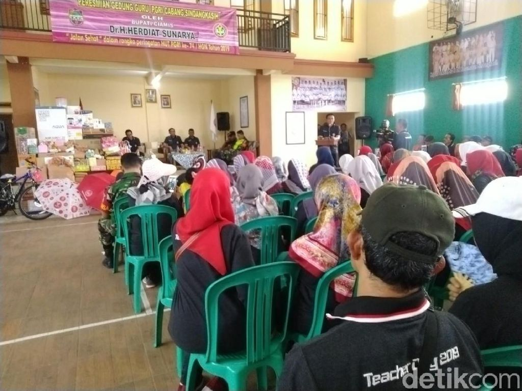 Bupati Ciamis Minta Guru Sosialisasikan Program Magrib Mengaji