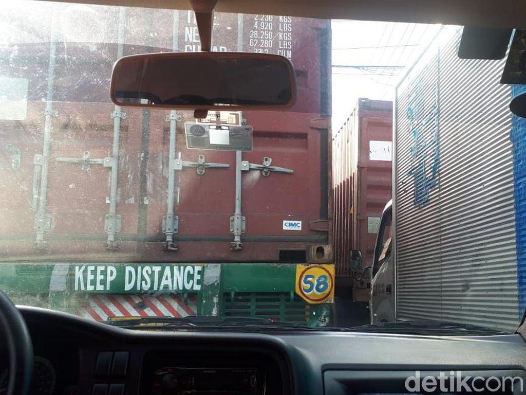 Kemacetan Manila yang Bikin Pewarta Mati Sementara