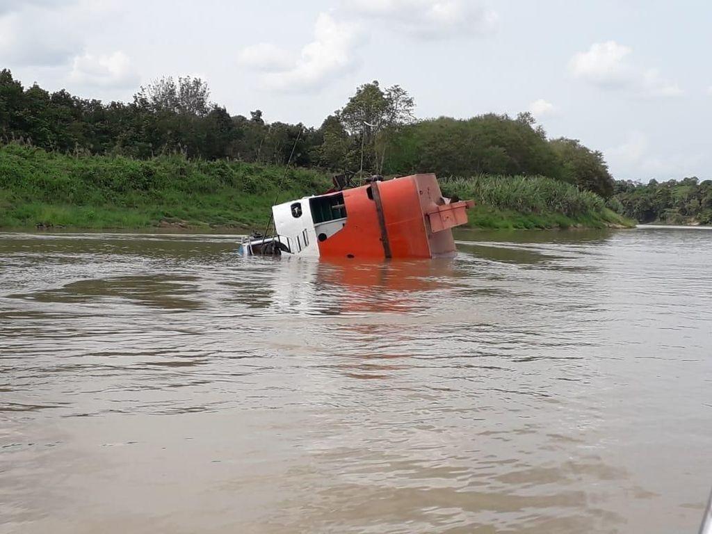 Polisi Selidiki Unsur Pidana Tenggelamnya Kapal LCT Mutiara 77 di Kaltim