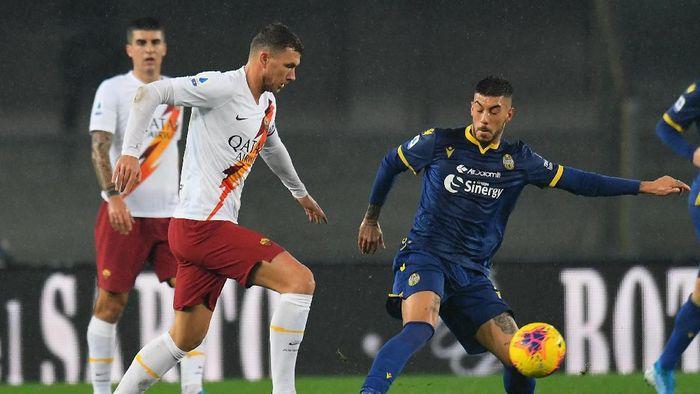 AS Roma menang 3-1 di kandang Hellas Verona dalam lanjutan Liga Italia (Foto: Alessandro Sabattini/Getty Images)