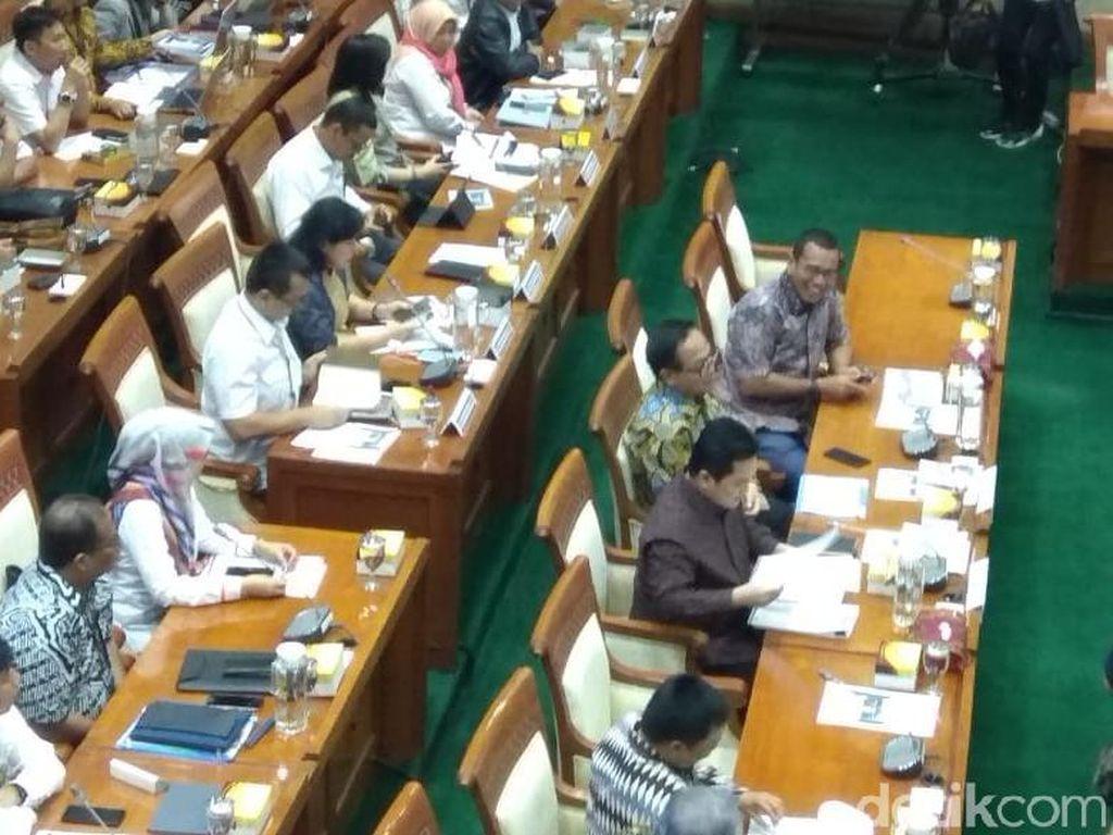 Rapat Perdana Erick Thohir dengan DPR Diusulkan Tertutup