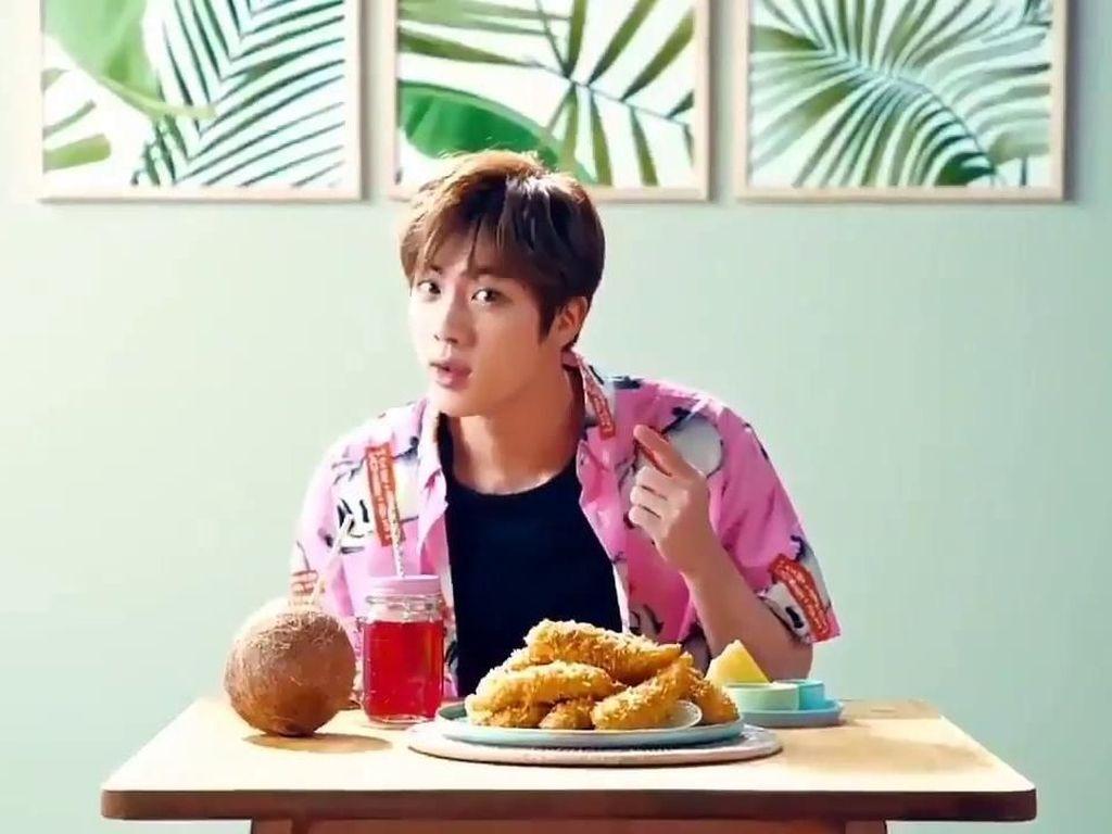 Jin BTS punya Alergi pada 2 Jenis Makanan Ini