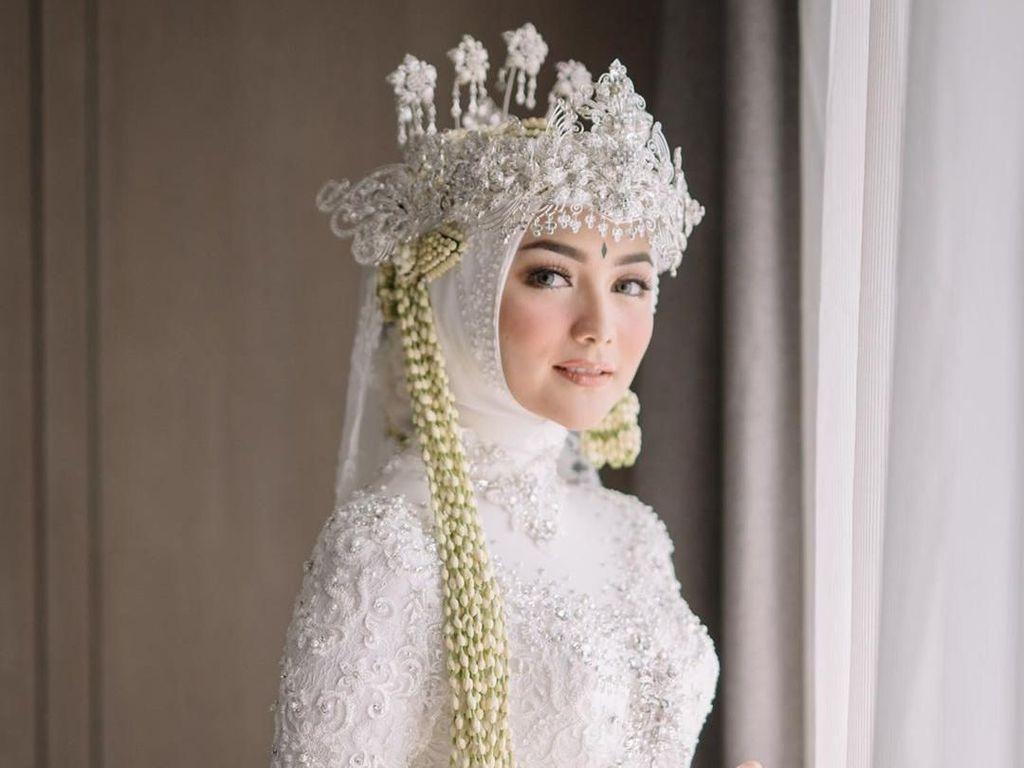 Foto: Penampilan Citra Kirana Jadi Pengantin Sunda, Cantik Manglingi