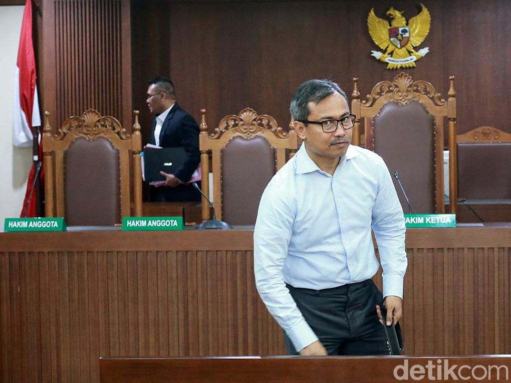 Pengacara TW Ngaku Menyesal Sabet Hakim Saat Sidang