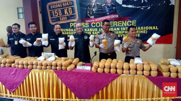 Densus 88 Tangkap Enam Teroris di Bima