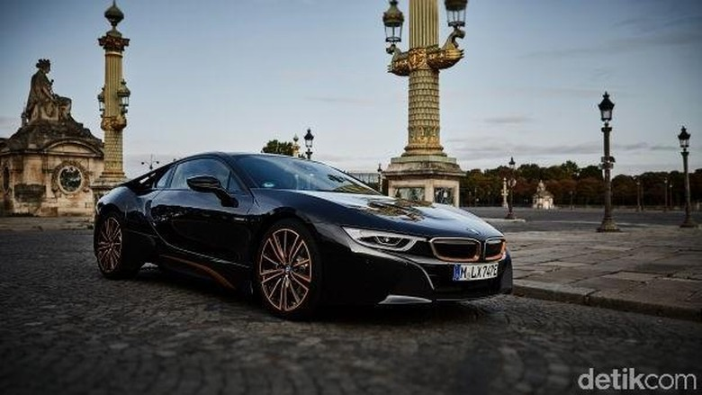 BMW i8 Ultimate Sophisto Edition Foto: BMW