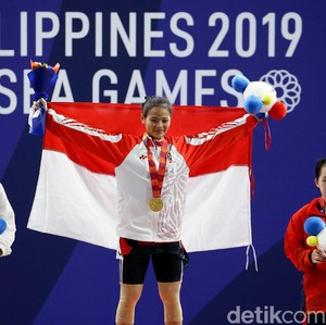 Aksi Lifter Windy Cantika Raih Emas SEA Games, Pertajam Rekor Asia