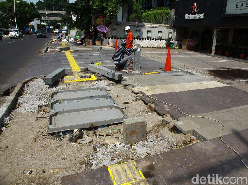 Pemprov DKI Akan Tata Trotoar di 10 Ruas Jalan Jakarta