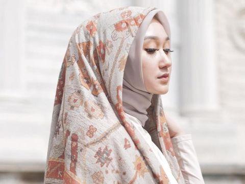 Perbedaan Model Hijab dari 5 Negara, Indonesia Paling Unik