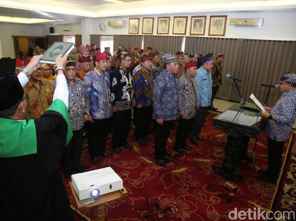 Kuatkan Kolaborasi Birokrasi, Bupati Anas Lantik 39 Pejabat