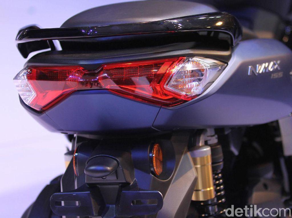 Beda All New Yamaha Nmax 2020 Versi ABS dan Versi Standar