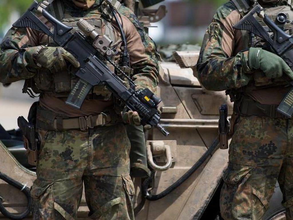 Perwira Satuan Elite Jerman KSK Dicopot karena Salam Nazi