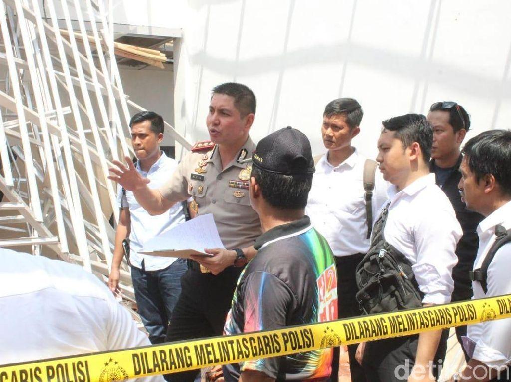 Polisi Selidiki Penyebab Ambruknya Atap Kantor Kecamatan di Jember
