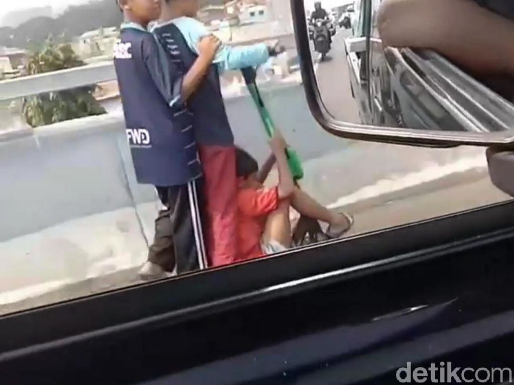 Skuter Listrik Jajal Jalanan, Pengamat ITB: Harusnya di Taman-Mal