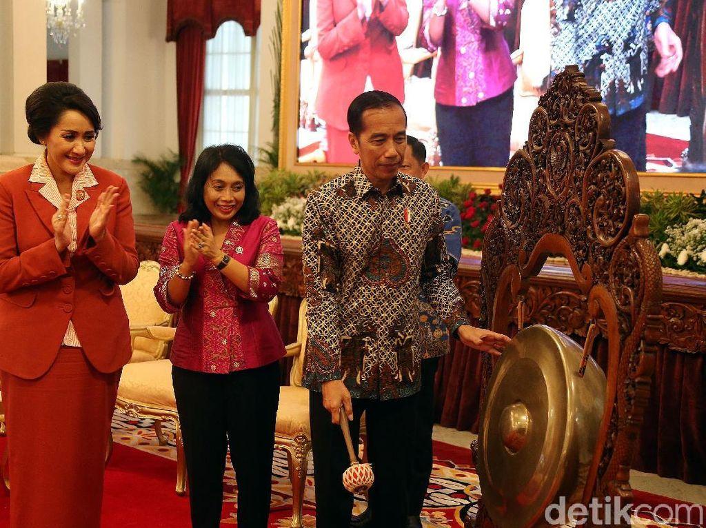 Presiden Jokowi Buka Kongres Kowani di Istana