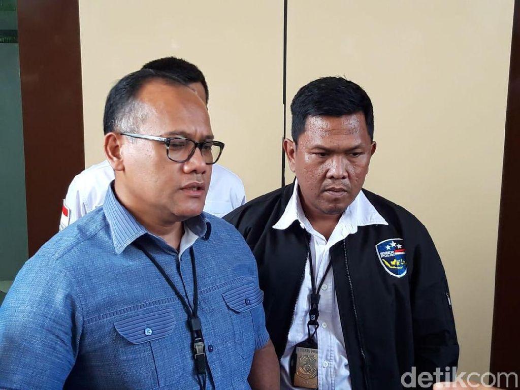 18 Hacker Pembobol Kartu Kredit WNA Diamankan di Surabaya