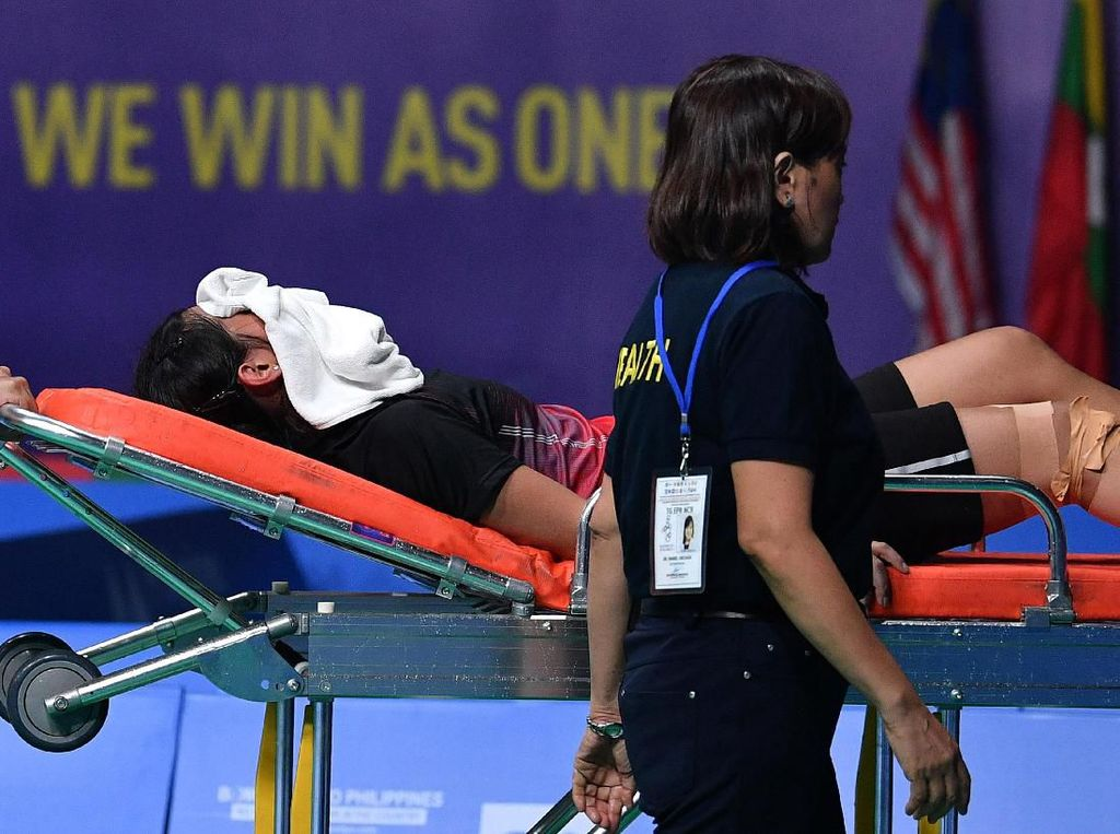 Gregoria Cedera Saat Indonesia Hadapi Thailand di Final SEA Games