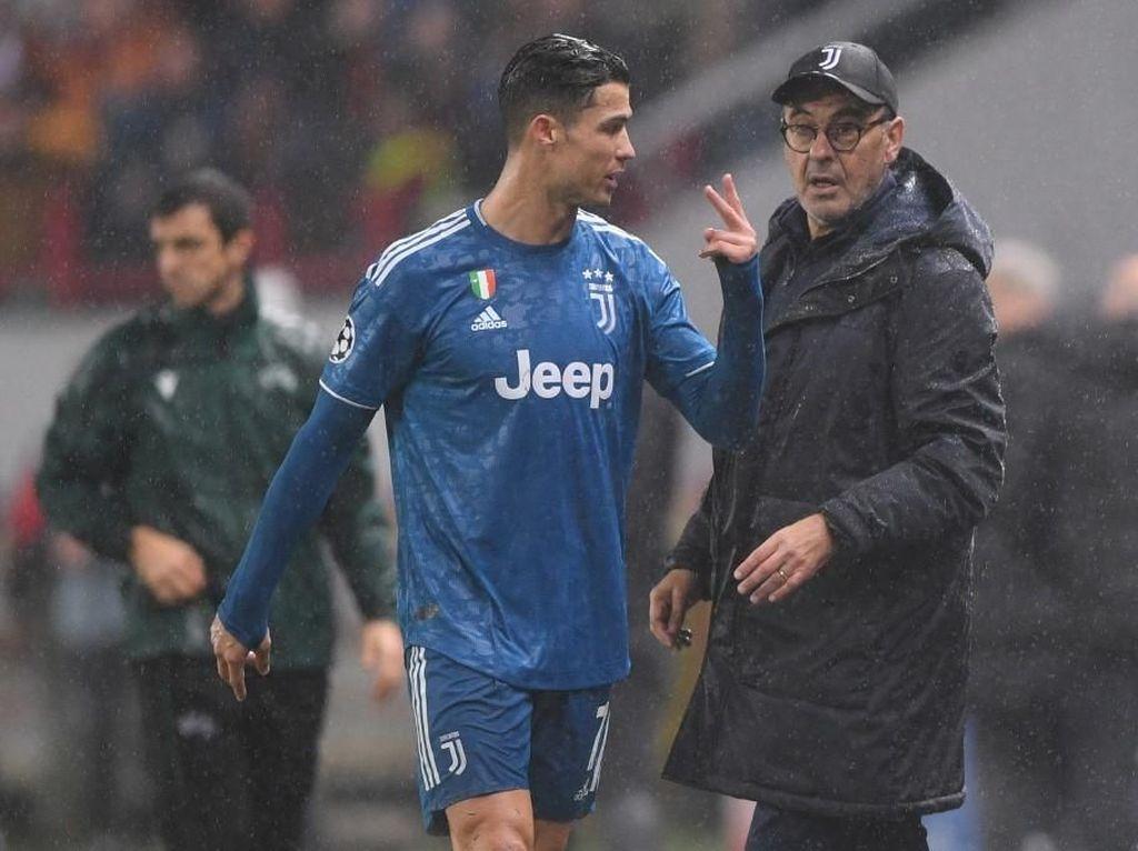Lippi Sarankan Sarri Jangan Egois di Juventus