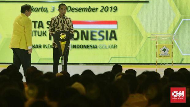 Di acara Munas Golkar, Jokowi meminta dukungan untuk meloloskan Omnibus Law.