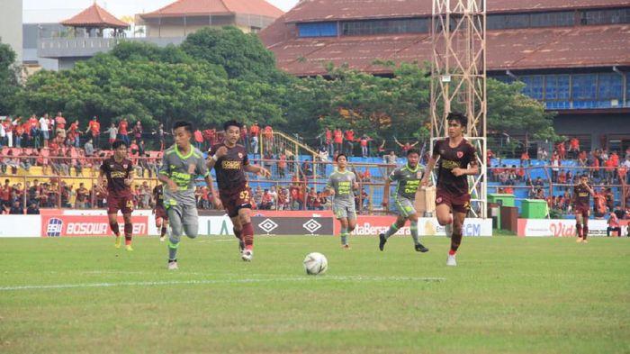 Borneo FC dapat hasil seri 2-2 di markas PSM Makassar dalam lanjutan Liga 1 (Foto: Ibnu Munsir/detikSport)
