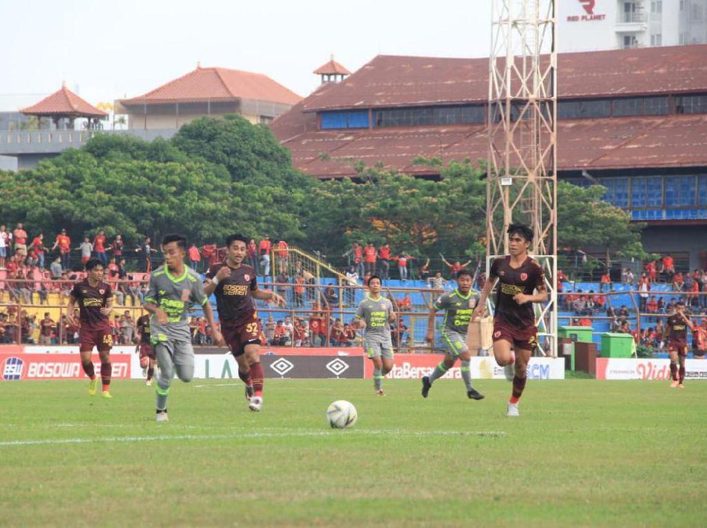 Imbang Lawan PSM, Pelatih Borneo FC Puji Daya Juang Timnya