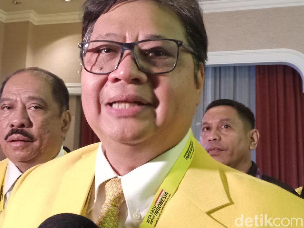 Airlangga soal Jabatan untuk Pro-Bamsoet di DPP Golkar: Tunggu Saja