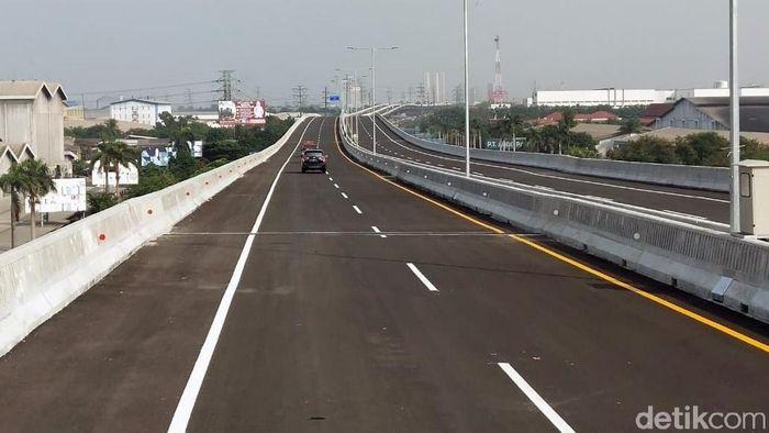Uji coba tol Jakarta-Cikampek layang/Foto: Soraya Novika