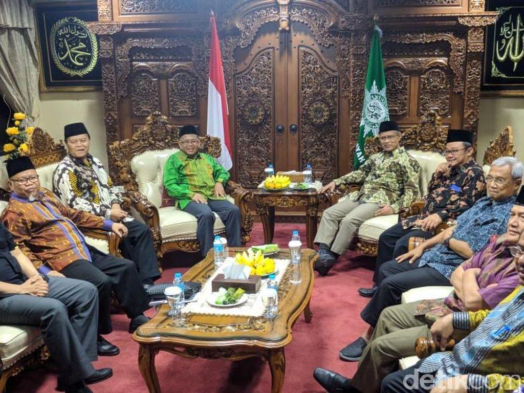 Temui Ketum Muhammadiyah, Presiden PKS Dinasihati Jadi Penyeimbang